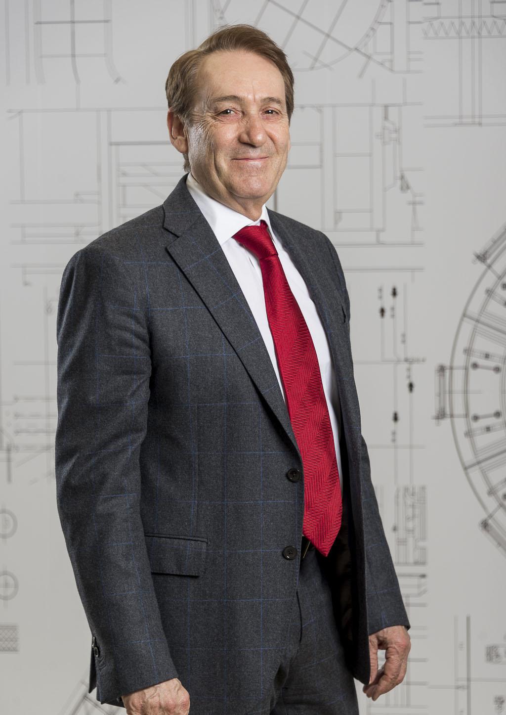 Alejandro Más